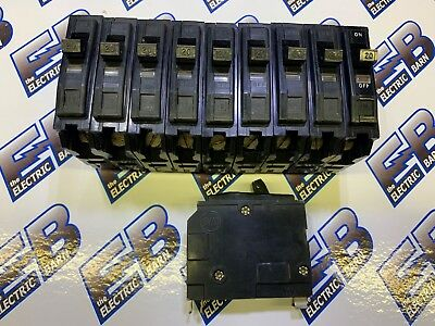Square D QO2100 100 Amp Two Pole QO Circuit Breaker 120//240V LOT OF 4 !NEW