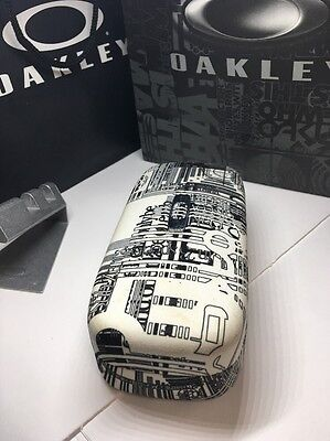 Oakley Large White Black vault hard case for sunglasses