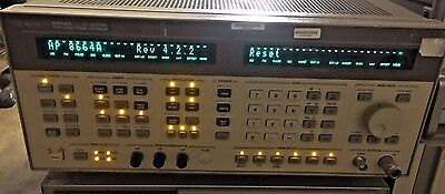 Agilent HP 8664A  0.1-3GHz Synthesized High-Performance Signal Generator OPT 004
