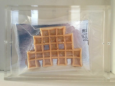 SPACE INVADER Space Waffle Gaufre RARE SIGNED 2011 MINT CONDITION STREET ART
