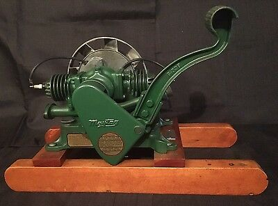 ANTIQUE 1948 Restored MAYTAG MODEL 72-D TWIN CYLNDER ENGINE Hit And Miss Motor