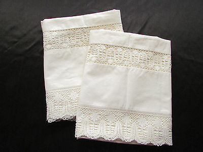 Vintage / Antique Pair of Ivory Maltese Lace Pillowcases Cutters Craft