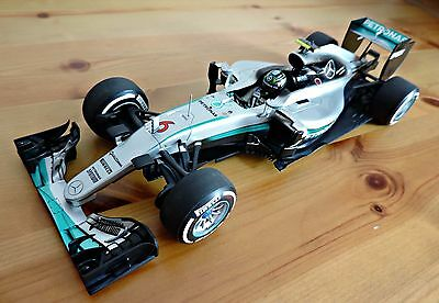 NICO ROSBERG 2016 Mercedes W07 WORLD CHAMPION Model #6 1:18 Minichamps