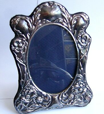Stunning Repous'e Sterling Silver Fully Hallmarked Picture Frame. Rrp £149