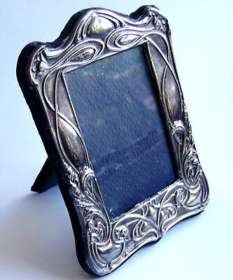 Stunning Repous'e Sterling Silver Fully Hallmarked Picture Frame. Rrp £99