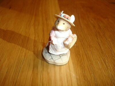 Border Fine Arts Brambly Hedge   Lady Woodmouse Bh2    Made In Uk