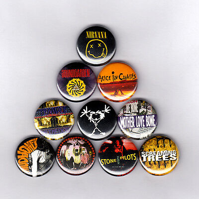 """GRUNGE 1"""" PINS / BUTTONS w/ NIRVANA SOUNDGARDEN ALICE IN CHAINS & MORE (lp patch"""