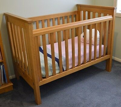 Cot - Boori - 'Pioneer' collection - (Junior bed)