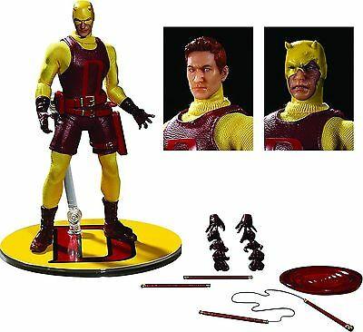 Mezco Toys One-12 Collective: Marvel Daredevil Action Figure, Yellow