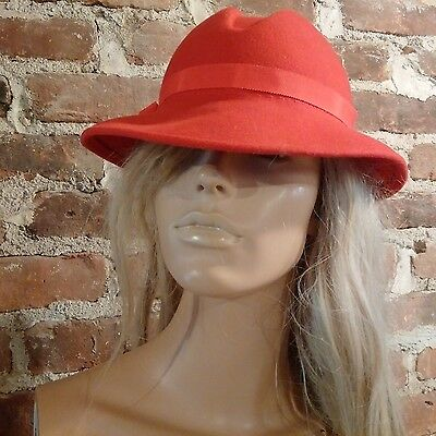 Vintage Red Felt Wool 1930's - 1940's Notebook style Hat