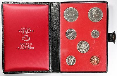 1972 Royal Canadian Mint Proof Set Uncirculated With Genuine Leather Casing Unc
