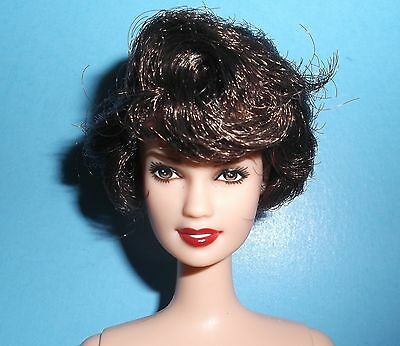 Nude Retro Look Brunette Lara Face Barbie Free Shipping