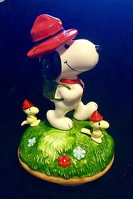 Peanuts Snoopy Vintage Music Box Snoopy And The Beagle Scouts 1984 Schmid Le