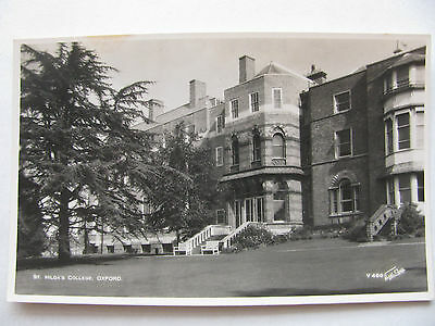 Postcard of the St. Hilda's College, Oxford Walter Scott B&W RP Unposted (V466)