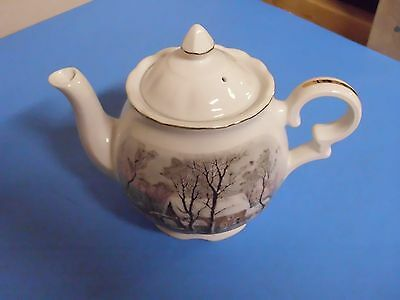 Avon Teapot Awarded Exclusively To Avon Representatives