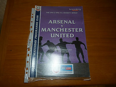 MANCHESTER UNITED v ARSENAL 1999 CHARITY SHIELD PROGRAMME TREBLE YEAR