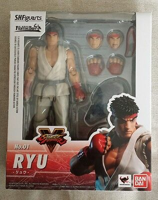 Ryu Street Fighter V No.01 S.H.Figuarts Bandai action figure