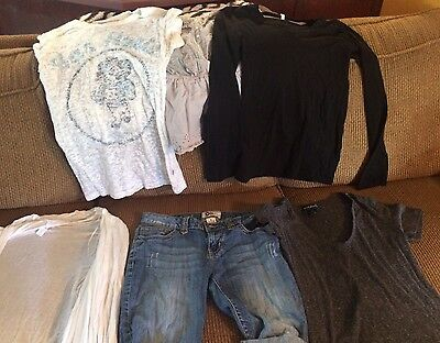 Lot of Junior Clothing Tee Shirts, Blouses  Size Medium Variety of Name Brands
