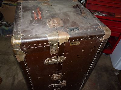 Belber Wardrobe Steamer Trunk