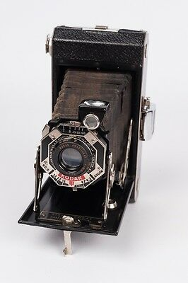 Six 20 Kodak  Art-deco Cámara plegable / Folding camera