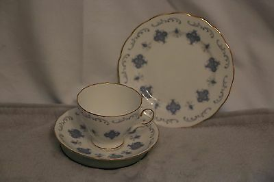 Lovely Royal Osborne Trio - Pattern 8324 - Cup, saucer & side plate - multiples