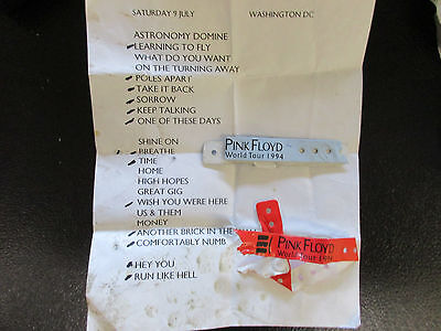 Pink Floyd Set List with Wristbands