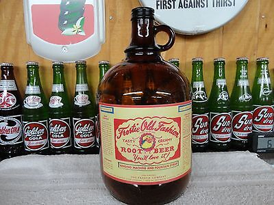 Frostie Root Beer Old Fashion Soda Fountain Syrup Paper Label Gallon Jug Amber G