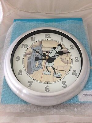 Demons & Merveilles Steamboat Willie Clock....Disney..L@@K
