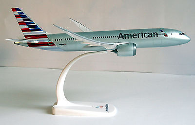 American Airlines Boeing 787-8 1:200 Herpa Snap-Fit 610551 Flugzeug Modell B787