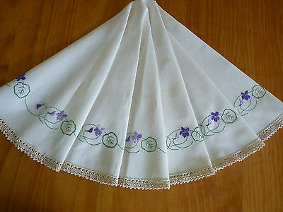 A CIRCLE of VIOLETS Gorgeous Vintage Hand Embroidered Round Table Cloth