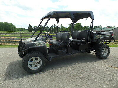 John Deere 825 S4 Double Seat Gator 2013 W/ 137 Hrs. Exc Cond!