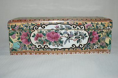 Beautiful Chinese Famille Rose Or Rose Medallion Porcelain Trinket Box
