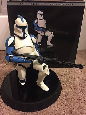 Gentle Giant Star Wars 2012 convention exclusive clone lieutenant statue