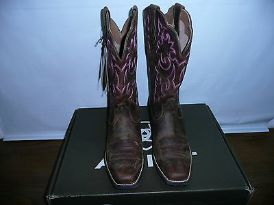 Ariat Women's Round Up Square Toe Western Cowboy Boot, Powder Brown, 8 W US