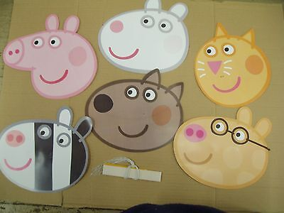 OFFICIAL Peppa Pig Mixed Characters Party Card Face Masks x 6 as shown