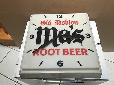 Vintage Old Fashion MA'S Root Beer Light Up Clock Wall Hanging Advertising Soda