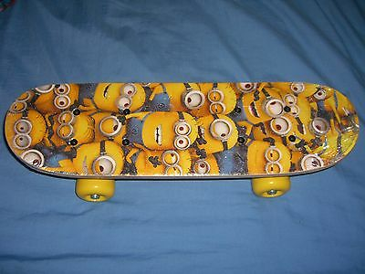 """Despicable Me Minion Made 17"""" Satchel Skateboard for Kids Boys"""