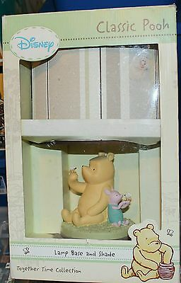 *look* A Disney Classic Pooh Lamp Base And Shape