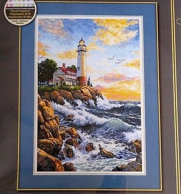 """DIMENSIONS GOLD COLLECTION, """"ROCKY POINT"""" CROSS STITCH KIT,  11""""X17"""", 18ct. New"""