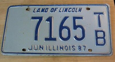 1987 Illinois License Plate Expired 7165