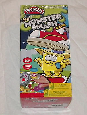 Play-Doh Monster Smash Board Game Alien Spaceship Squishy Fun Race Complete