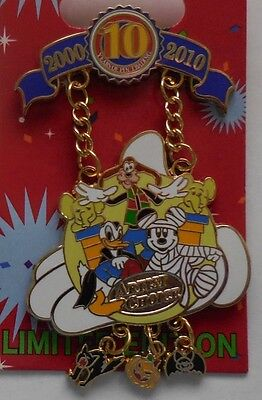 Disney Pin DLR Decade of Magical Trades Artist Choice Pin LE1000