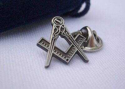Masonic Lodge Freemason Pewter Square and Compass Lapel Pin No G Plus Gift Pouch