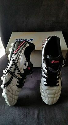 Asics Football Soccer Shoes Boots US 7 RRP $90
