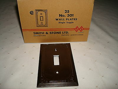 Vintage Smith & Stone Bakelite Brown Ribbed Single Toggle Wall Plate Nos 301
