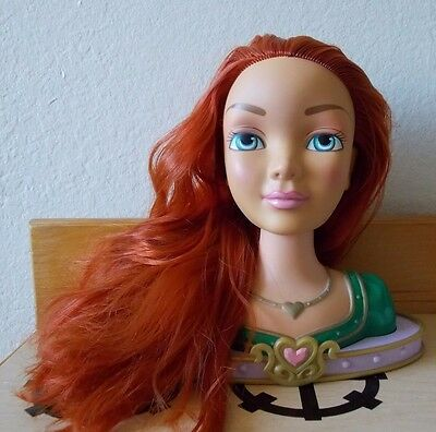 Shrek the Third Princess FIona Head Hairstyle Stylist Toy Doll Hairdresser Play