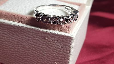 Pandora Alluring Cushion Ring. Sterling Silver S925 ALE