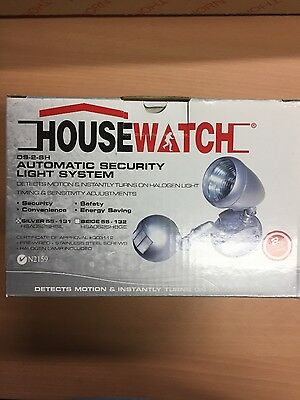 HouseWatch Single Spotlight with  Motion Sensor, Silver