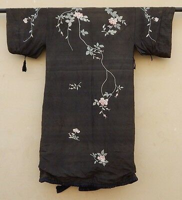 Antique Silk Oriental Embroidery Chinese Kimono Fabric 1920 Fashion Craft (X337)