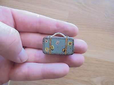 MINIATURE TIN SUITCASE made in 1960s or 1970s_USED_xx79_A5a19
